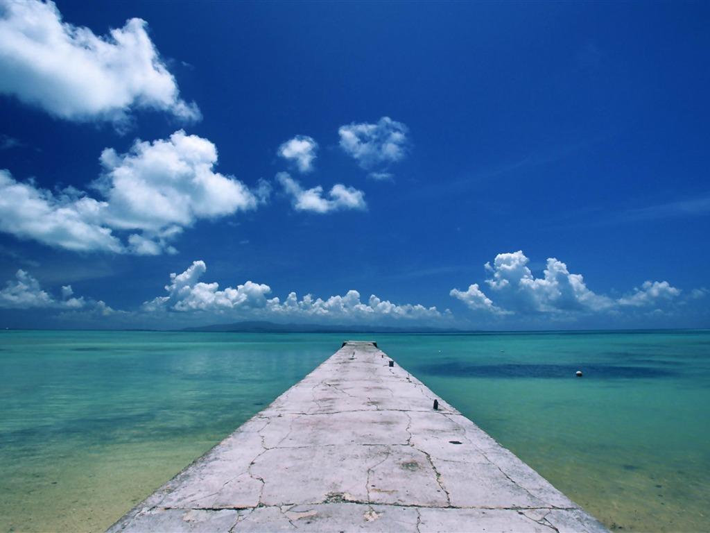 沖縄本島 夏のビーチの壁紙プレビュー 10wallpaper Com