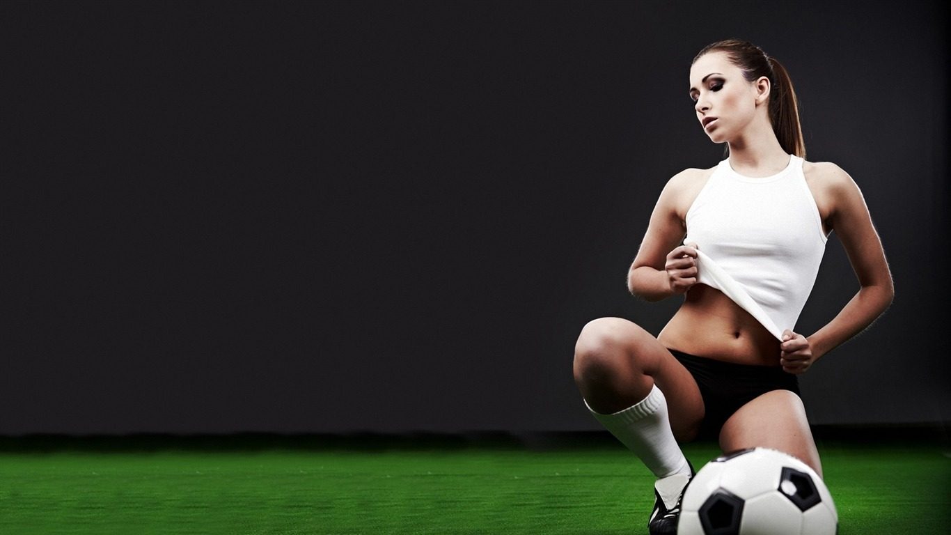 Sexy Football Beauty-Football Sport Desktop Wallpaper