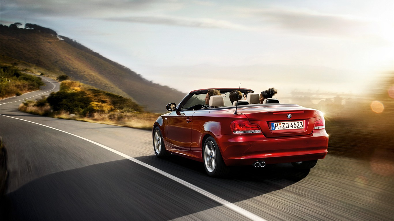 BMW_red_classic_1_Series_Convertible_car_HD_wallpaper_08