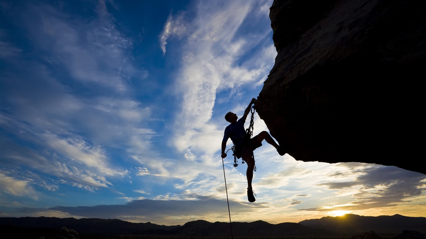 climber_extreme_silhouette-Sport_HD_Wallpaper