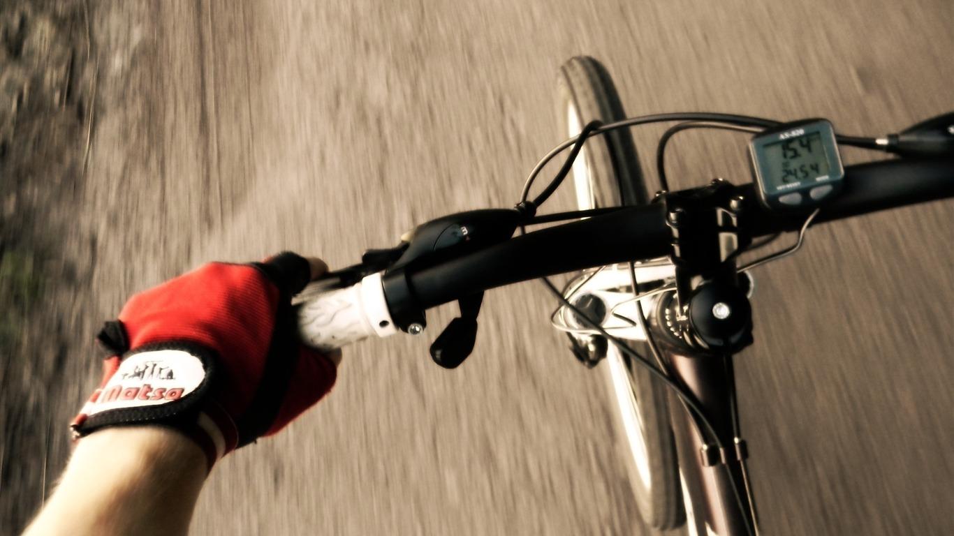 伦敦奥运会足球冠军_自行车方向盘-体育高清桌面壁纸预览 | 10wallpaper.com