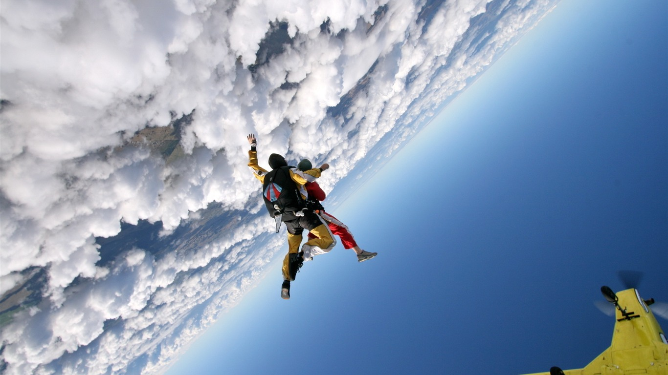 jump_clouds_sky_plane_parachutists-Sports_HD_Wallpaper