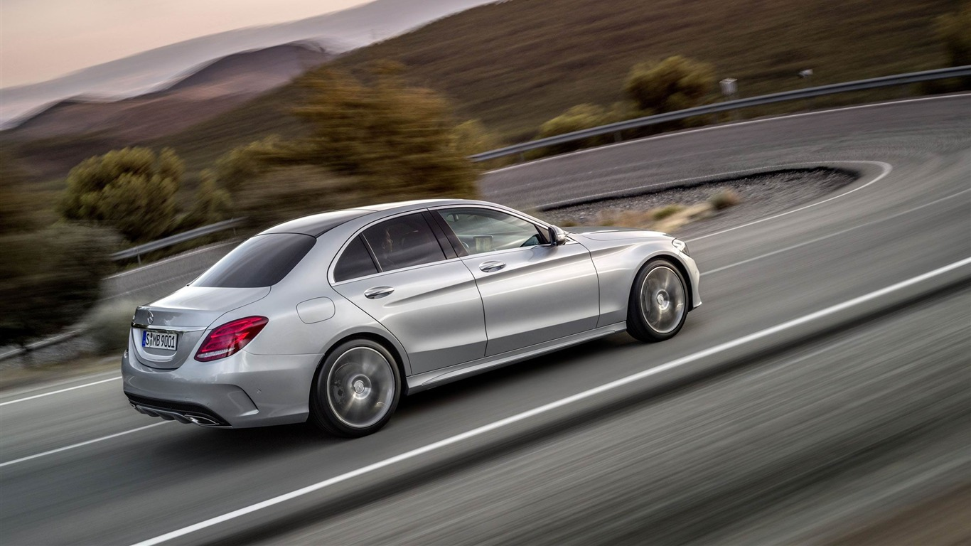 2015_Mercedes-Benz_C-Class_Car_HD_Wallpaper_01