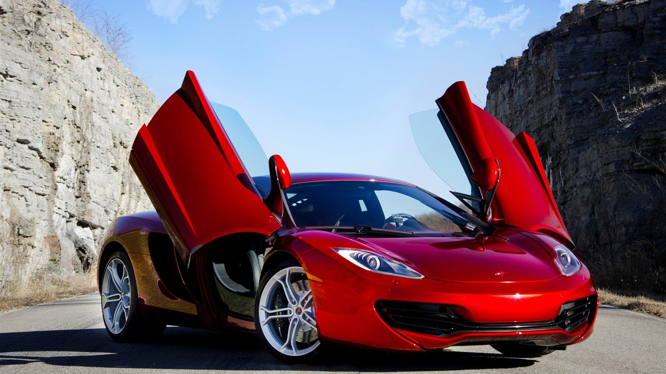 red_supercar-Car_HD_Wallpaper