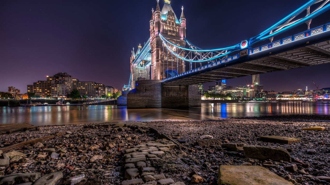 tower_bridge-Cities_Desktop_Wallpaper