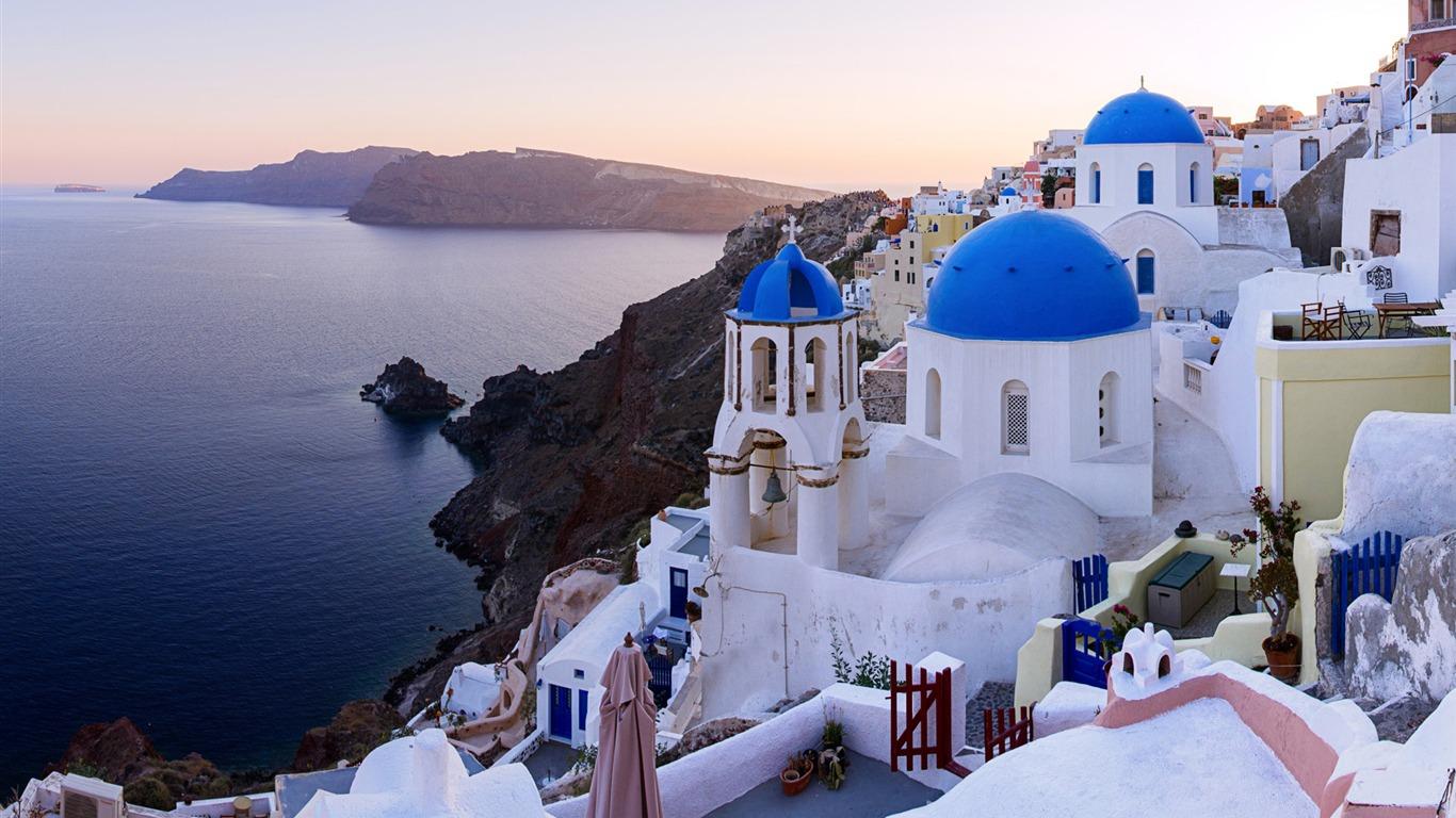 描述: 希腊爱琴海圣托里尼岛-欧洲旅游摄影壁纸 当前壁纸尺寸: 1366 x图片