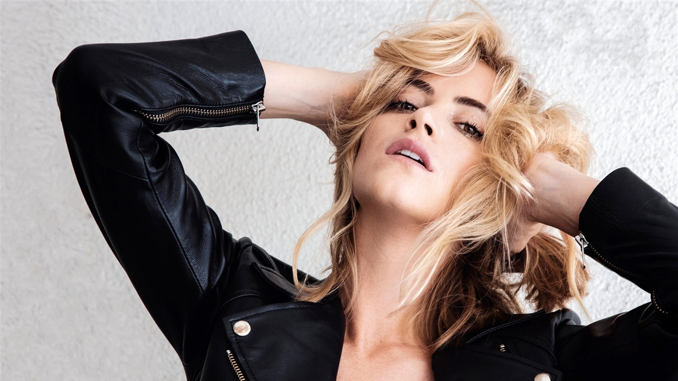 Emily_Wickersham-2016_Beauty_HD_Poster_Wallpapers
