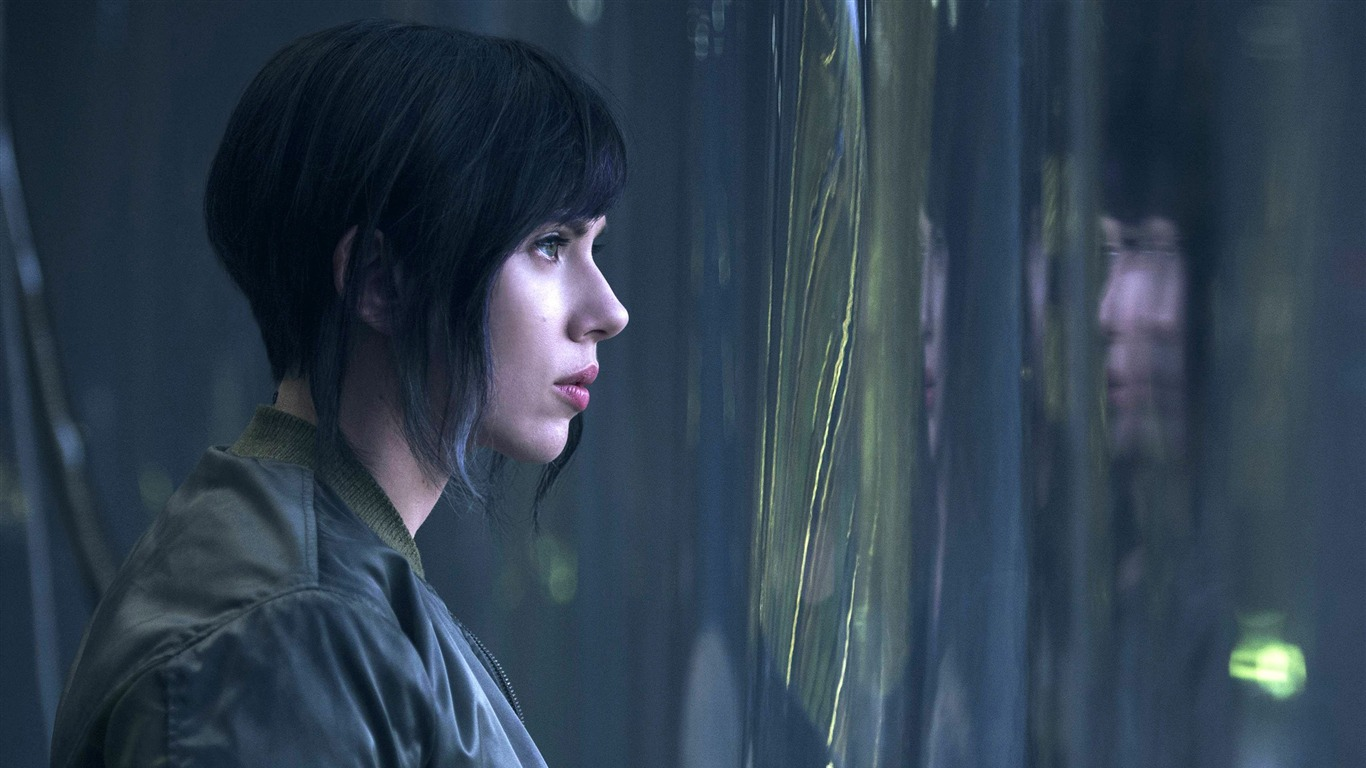 Ghost_in_the_Shell_2017_Scarlett_Johansson_Wallpaper_14
