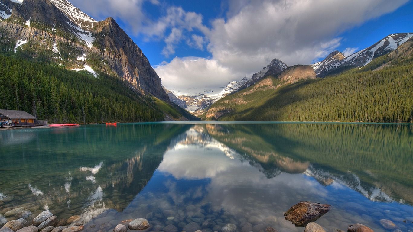 Morning_lake_banff_alberta_canada-Windows_10_Desktop_Wallpaper