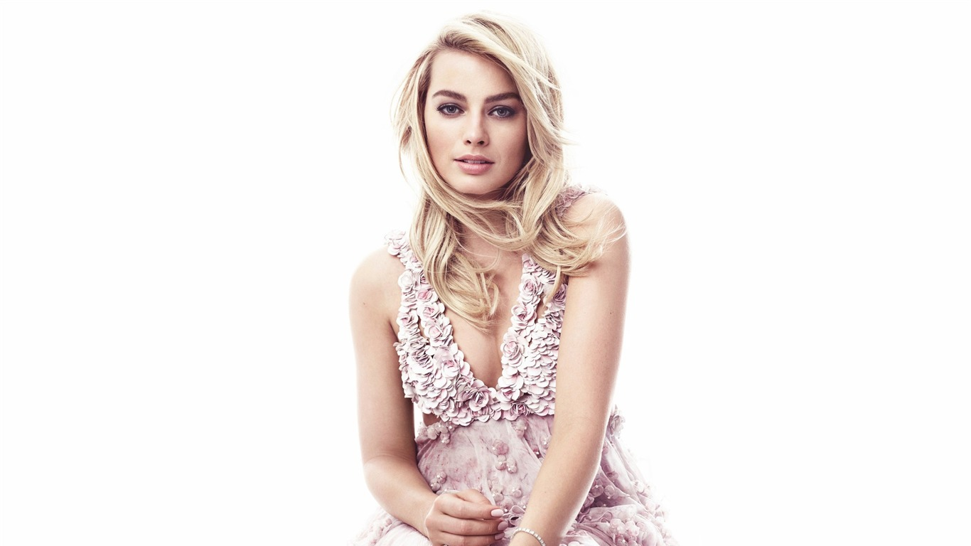 Margot_Robbie_2017-Beauty_HD_Photo_Wallpaper