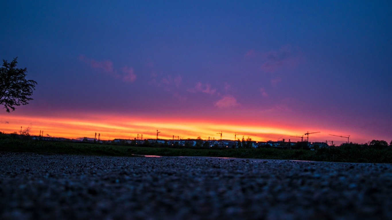 Night_sky_sunset_road-High_Quality_Wallpaper