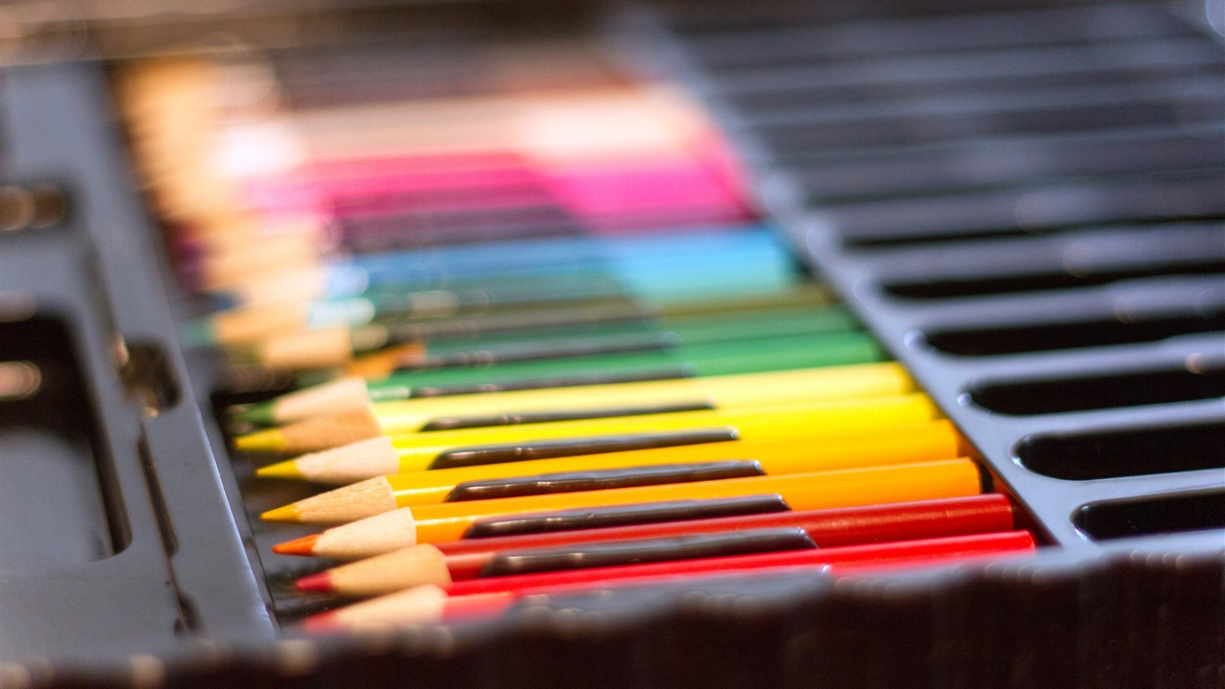 colored_pencils_set_multicolored-High_Quality_Wallpaper