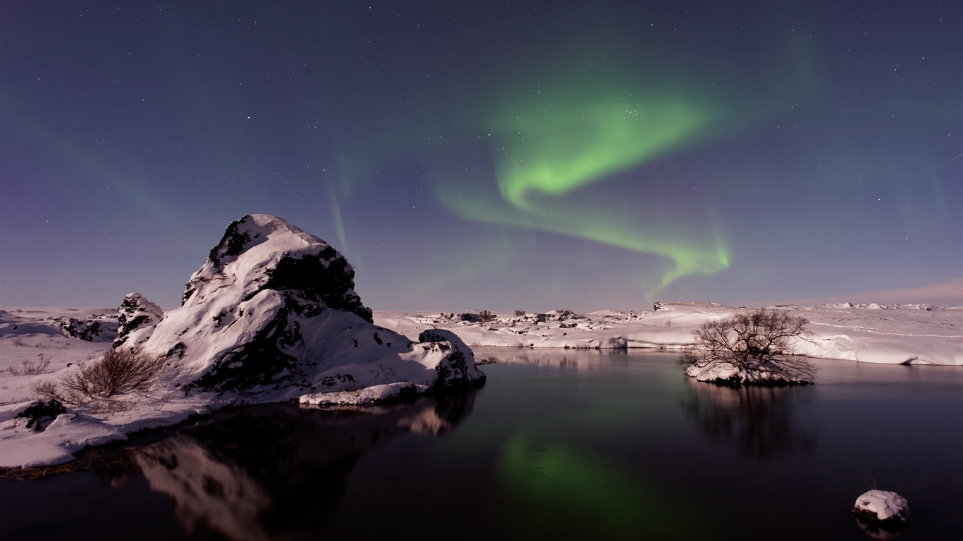 Beautiful_Aurora_Night_Star_Sky_HD_Wallpaper_11