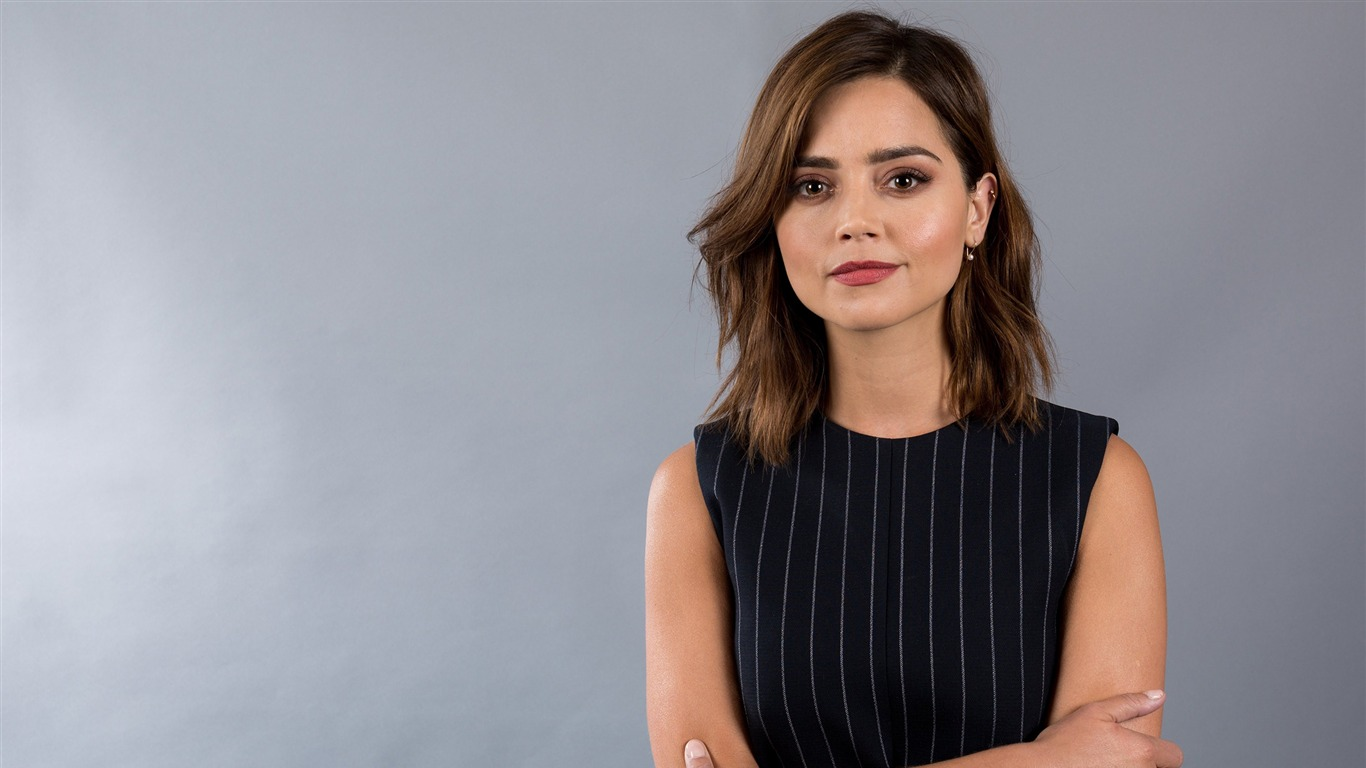 Jenna_Coleman_2017_Beauty_Wallpaper