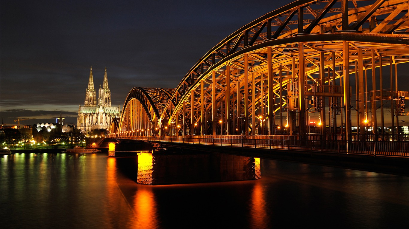 Germany_cologne_cathedral_landmark_photography_4K_HD
