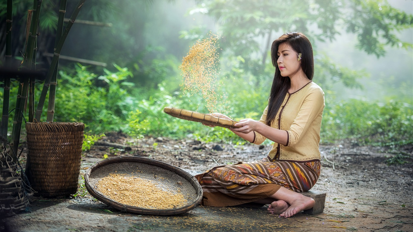 Vietnam_jungle_farm_beautiful_women