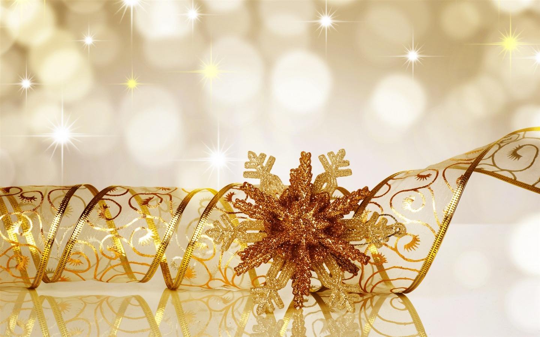 snowflake ribbon glitter