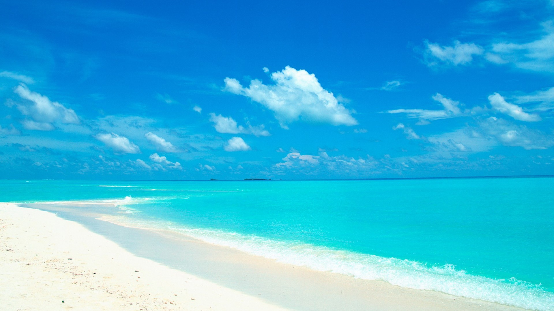 Blue Sky And Water In The White Sand Beach Wallpaper X
