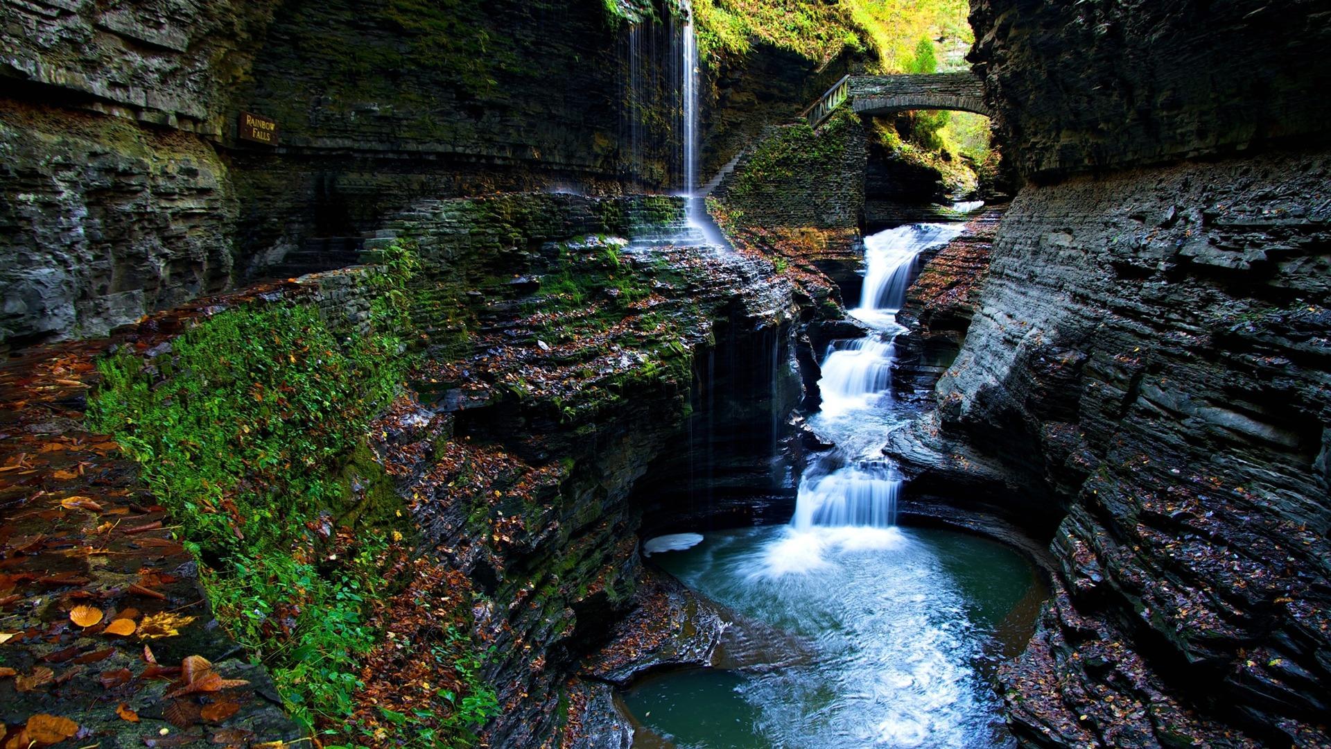 moss gorge watkins glen state park falls