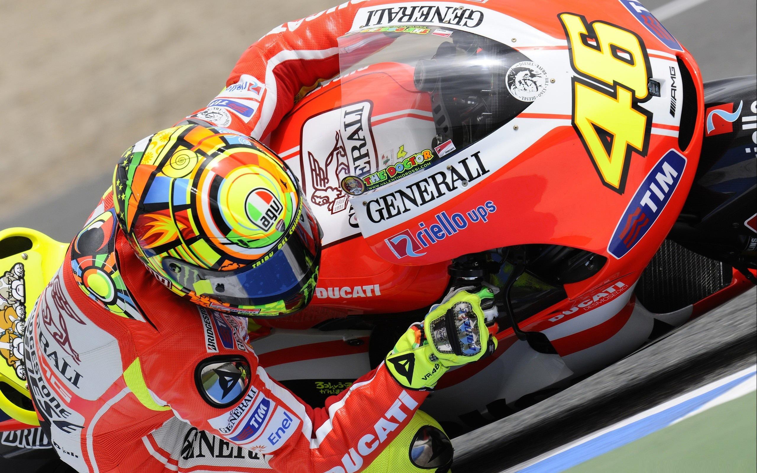 バレンティーノロッシドゥカティバイクmotogp世界選手権 オートバイレースのデスクトップの壁紙プレビュー 10wallpaper Com