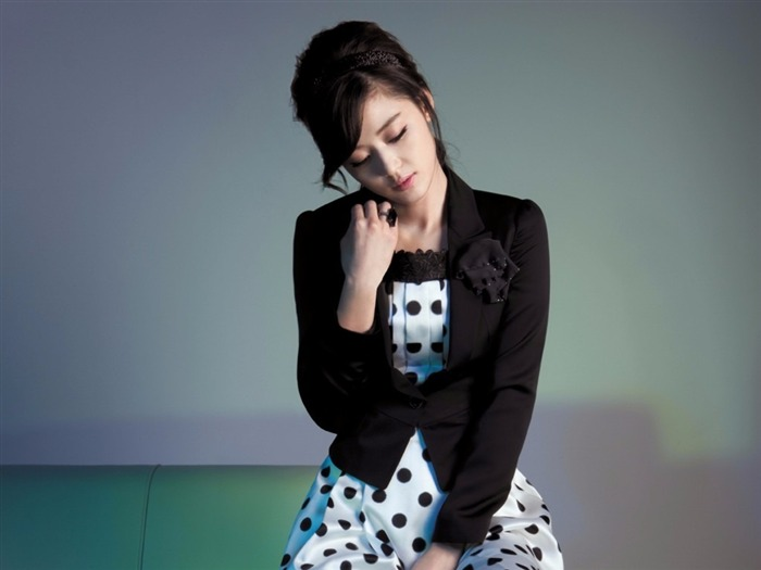 Jun Ji-hyun endorsement Korean clothing brand besti belli wallpaper 04 Views:3752