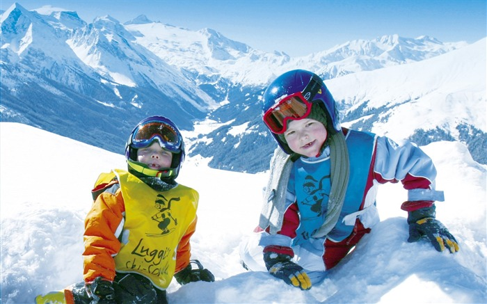 Kids Having Fun on Snow - Alpine Winter Vacation Views:20218
