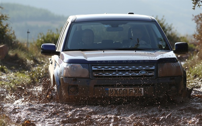 Land Rover Freelander 2 - 2011 HD wallpaper 14 Views:9026