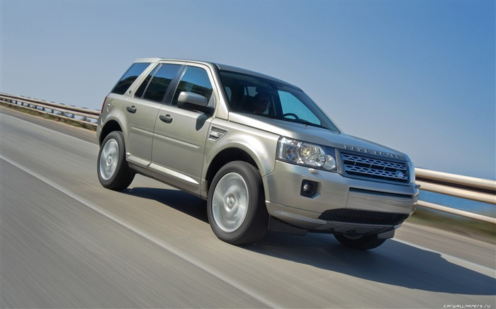 Land Rover Freelander 2 - 2011 HD wallpaper 29 Views:4047