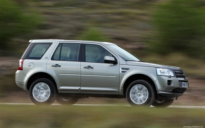 Land Rover Freelander 2 - 2011 HD wallpaper 31 Views:4599