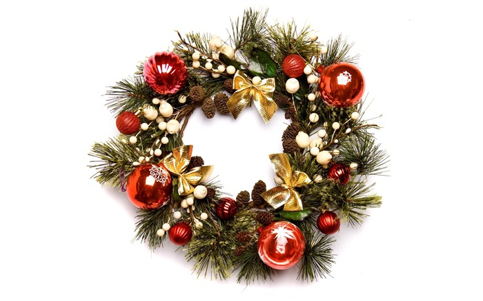 Christmas Wreath with baubles Photo Wallpaper Views:27720