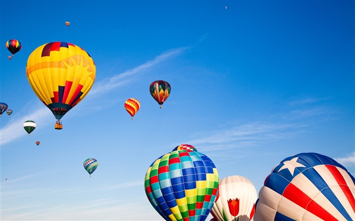 Title:Colorful hot air balloons in sky Views:10911