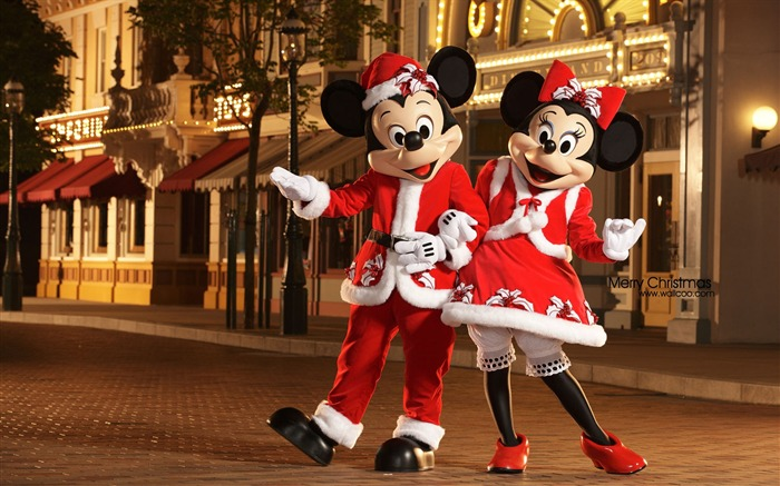 Mickey and Minnie dressed as Santa Claus and Christmas will be her mother wallpaper Views:63794