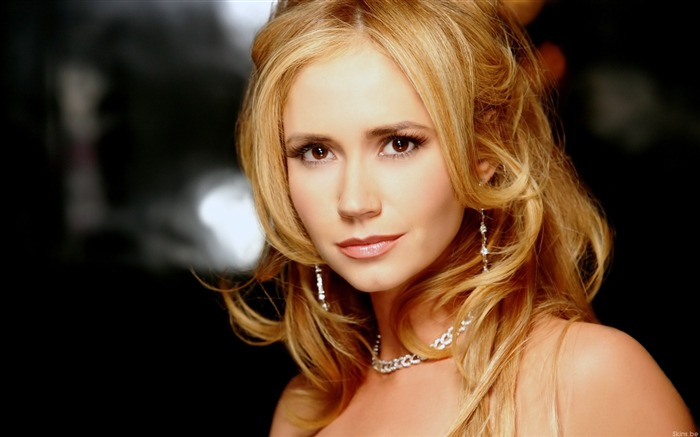 Movie actress-Ashley Jones Wallpaper Views:11515