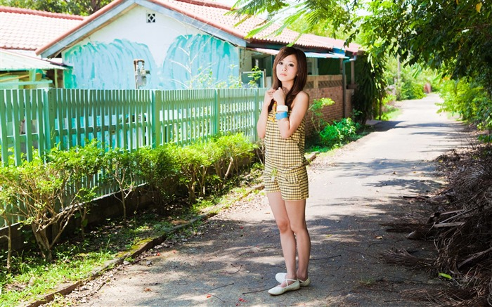Taiwan beautiful girl fruit wallpaper 03 Views:17309 Date:7/14/2011 8:00:09 PM