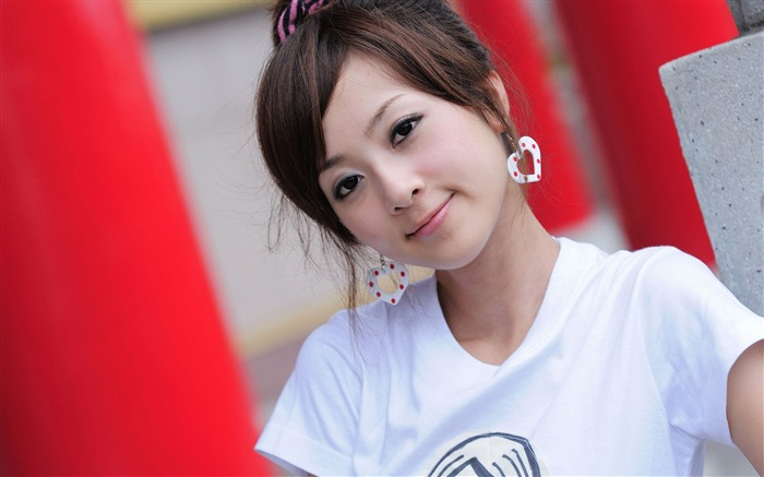 Taiwan beautiful girl fruit wallpaper 12 Views:17313 Date:7/14/2011 8:04:59 PM