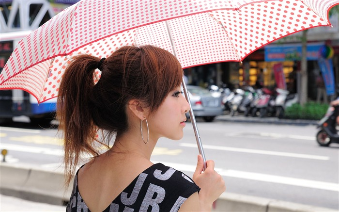 Taiwan beautiful girl fruit wallpaper 14 Views:11369 Date:7/14/2011 8:04:34 PM
