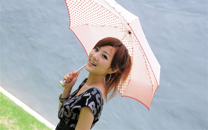 Taiwan beautiful girl fruit wallpaper 15 Views:11122 Date:7/14/2011 8:05:24 PM