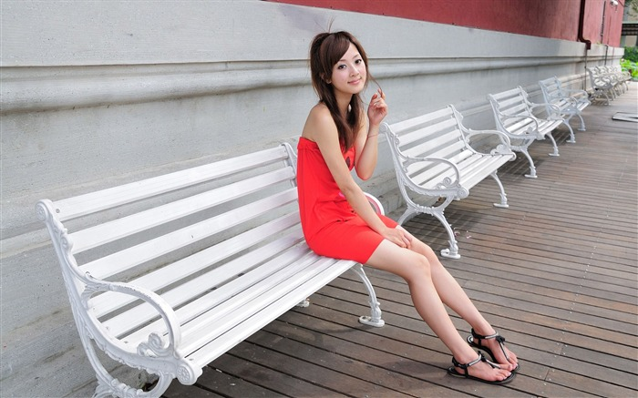 Taiwan beautiful girl fruit wallpaper 28 Views:10465 Date:7/15/2011 12:24:22 AM