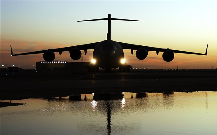 The first series of military aircraft wallpaper 17 Views:3638