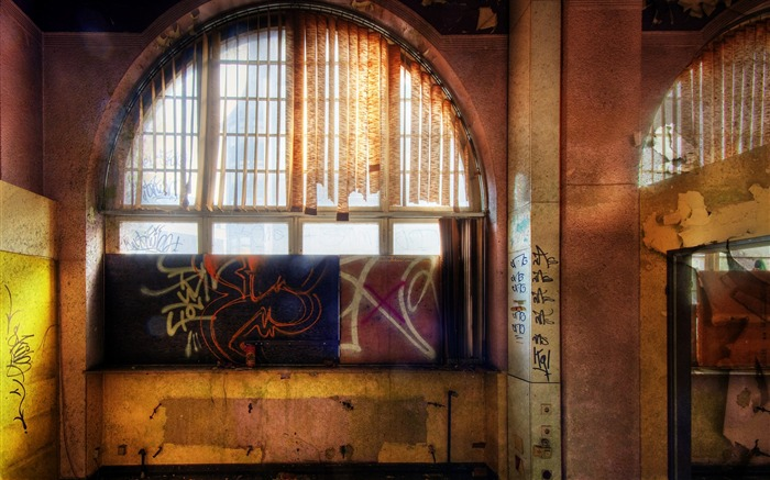 Window to courtyard - Abandoned Urban Art Views:4210