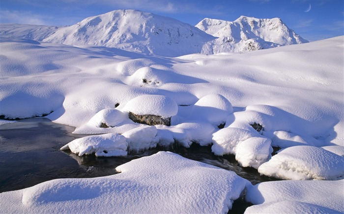49 Scotland-under the snow-covered peaks wallpaper Mo Views:5628