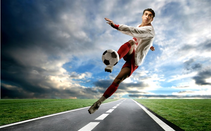 Football sports - Life is movement wallpaper Views:13817