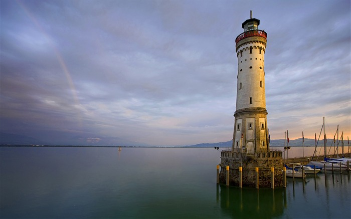 Germany Lindau on Lake Constance lighthouse wallpaper Views:10864