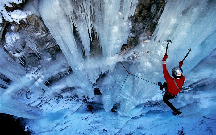 Ice Climbing - Life is movement wallpaper Views:6378