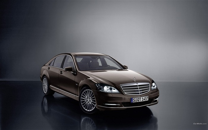 Mercedes-Benz S600-2010 wallpaper 31 Views:4199