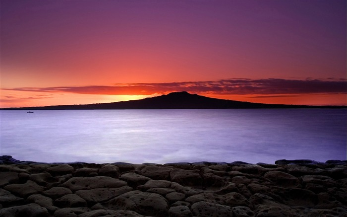 New Zealand-Sunrise on Auckland North Shore with a view of Rangitoto Island Views:5922