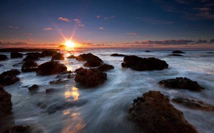 New Zealand scenery - end of the world - Maori Bay sunset wallpaper Views:32147