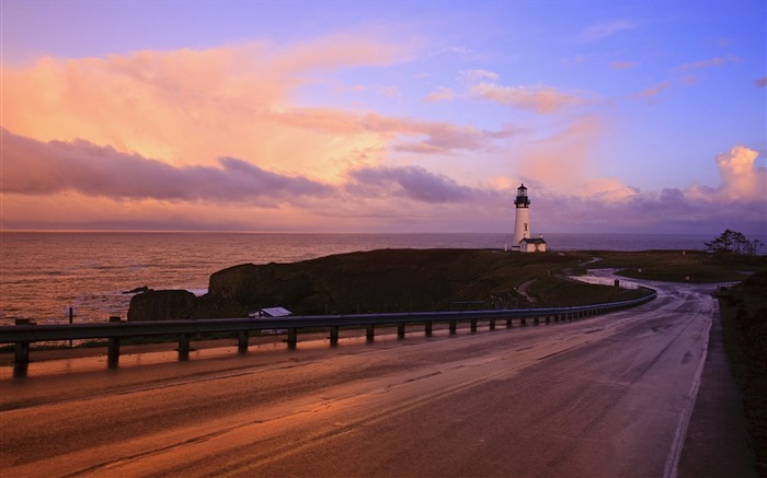Oregon Coast Highway and lighthouse wallpaper Views:11333