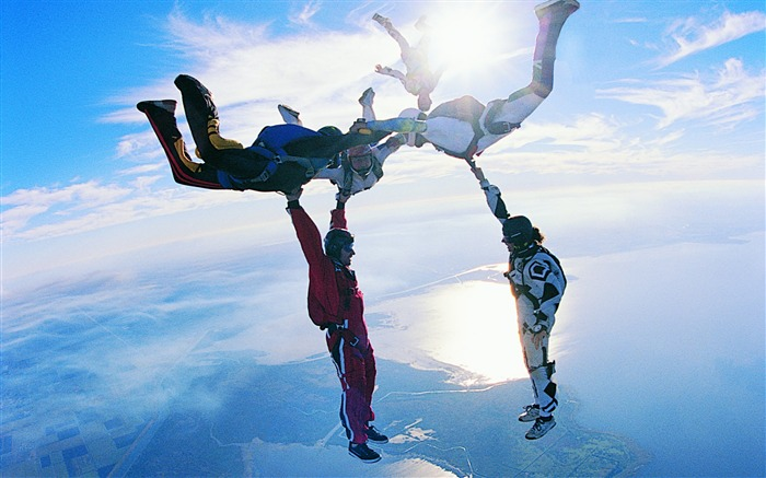 Skydiving style - extreme sports wallpaper Views:30897