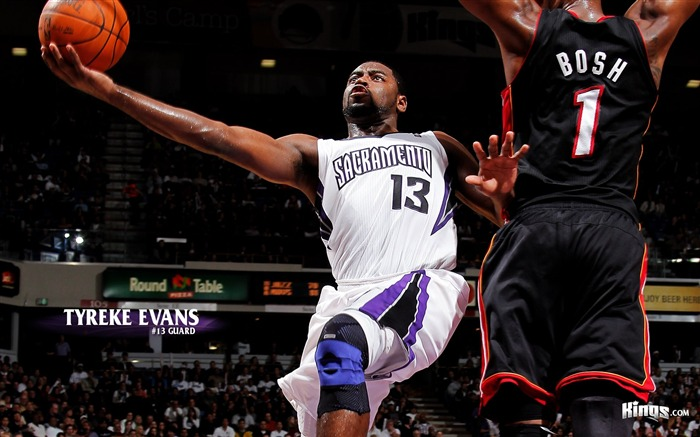 Tyreke Evans wallpaper Views:7478